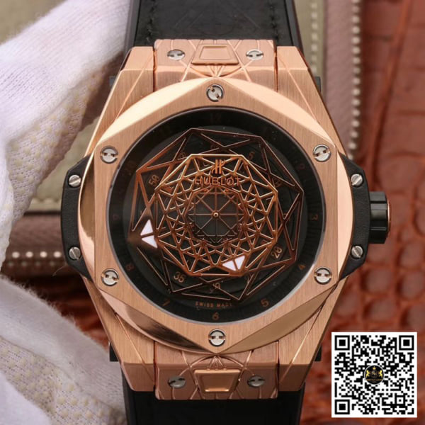 HUBLOT-BIG-BANG-SANGBLEU-KING-GOLD-1